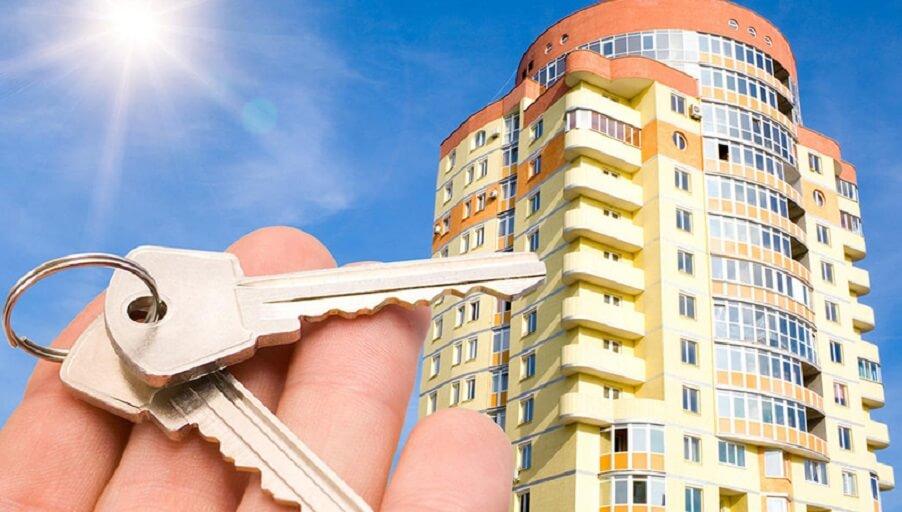 Стоит ли сейчас покупать квартиру в новостройке: прогнозы и советы экспертов