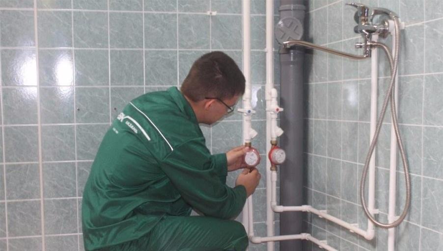 Разводка труб водопровода и канализации в новостройке