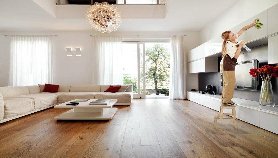 Полезные советы: как и чем отмывать стены, пол и потолок