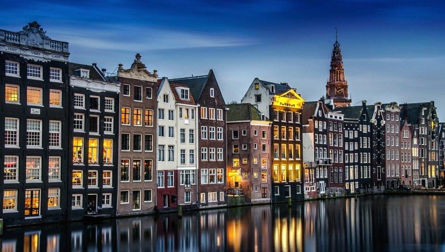 Амстердам просит ООН помочь решить проблемы рынка недвижимости